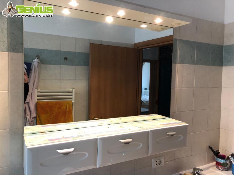 Specchio da bagno bianco 1,05 di larghezza x 0,90 di altezza ...